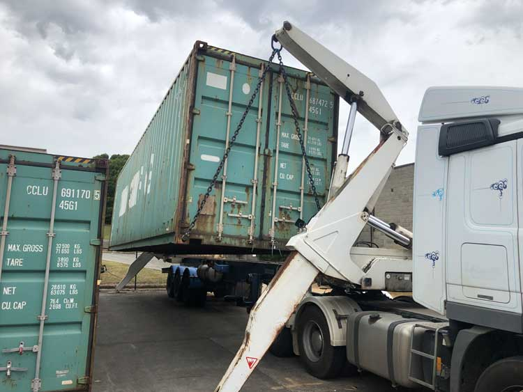 side loaders container transport